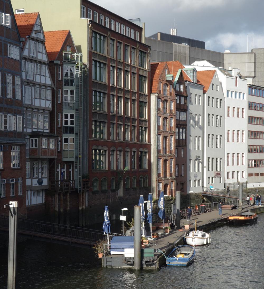 Nikolaifleet Häuserfront Deichstraße