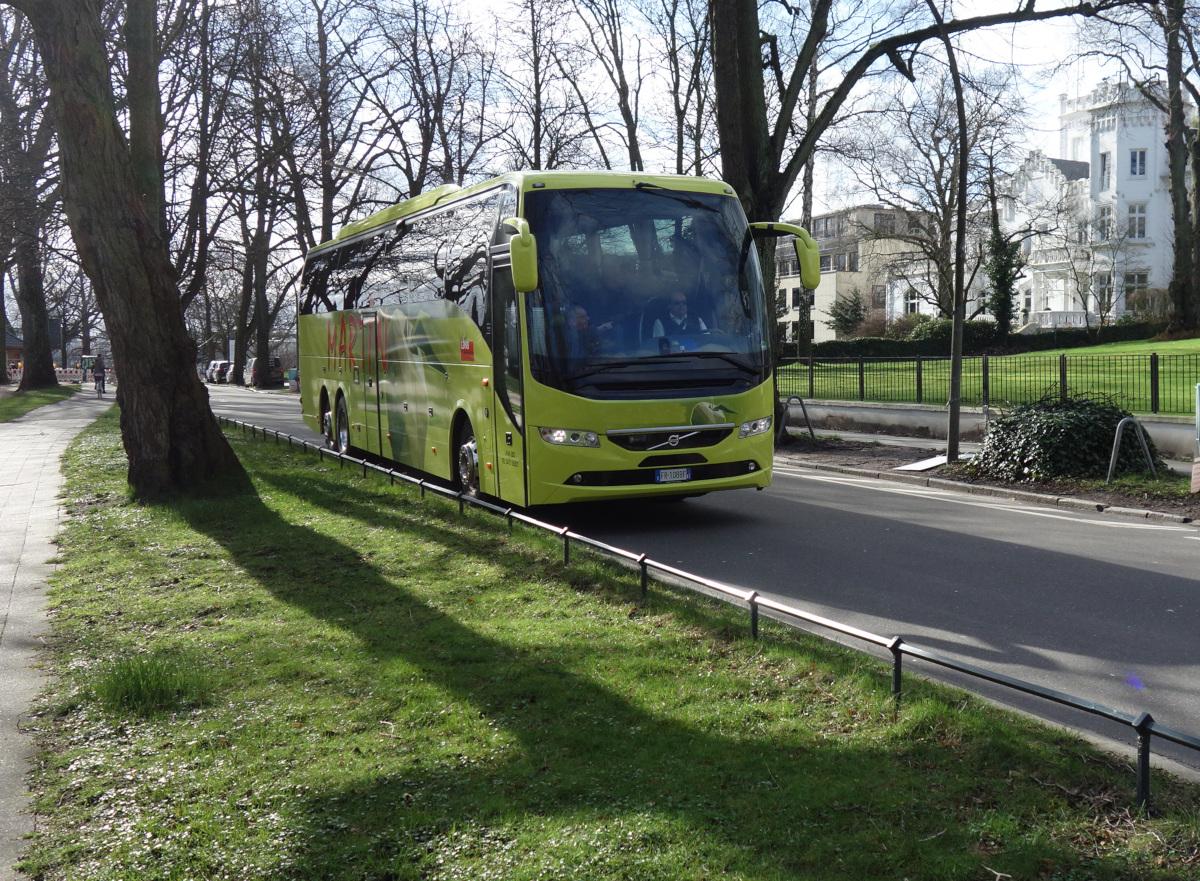 Bus_Harvestehuder Weg 5x7
